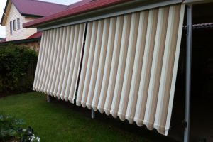 automatic external awnings with fabric pattern