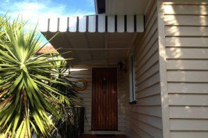 external awning vertical stripe