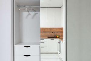 Mirror robe door in modern apartment complex