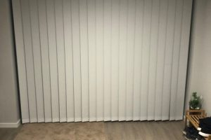 interior vertical drape blinds closed
